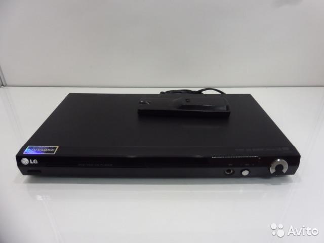 DVD плеер LG DGK774