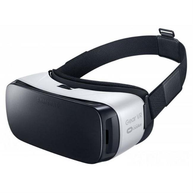 Очки виртуальной реальности для смартфона Samsung Gear VR (SM-R322)