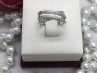 Кольцо с камнями  Серебро 925 вес 3.34 г