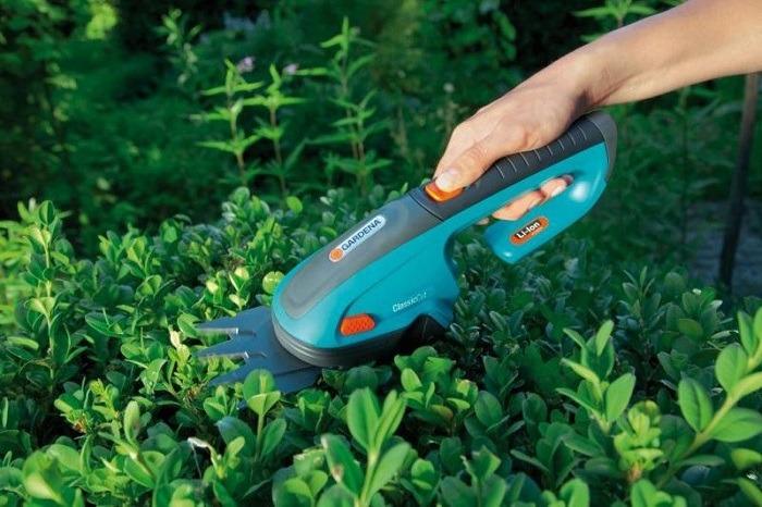 Ножницы Gardena для газонов