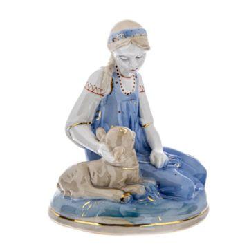 Фарфоровая статуэтка Аленушка с козлёнком