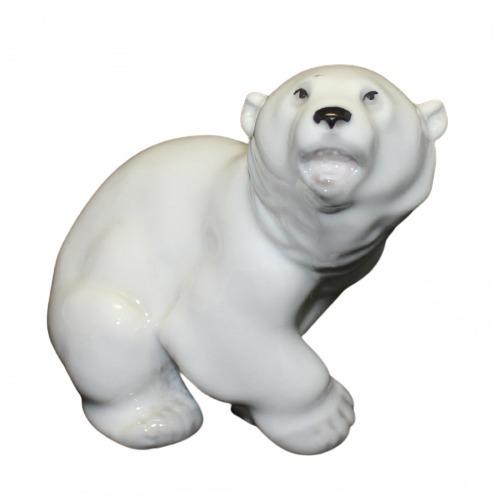 Фарфоровая статуэтка «Белый Медведь»
