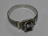 Кольцо с камнем Серебро 925 вес 2.05 г