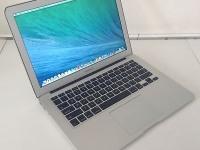 Ноутбук Apple MacBook Air 13 A1466/i5 1.8Gb/8Gb/120Gb/Intel HD
