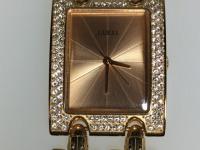 Часы наручные женские Guess w0072l3,прямоуг.циферблат,прозр.кам.на базеле,б/у,п/ц
