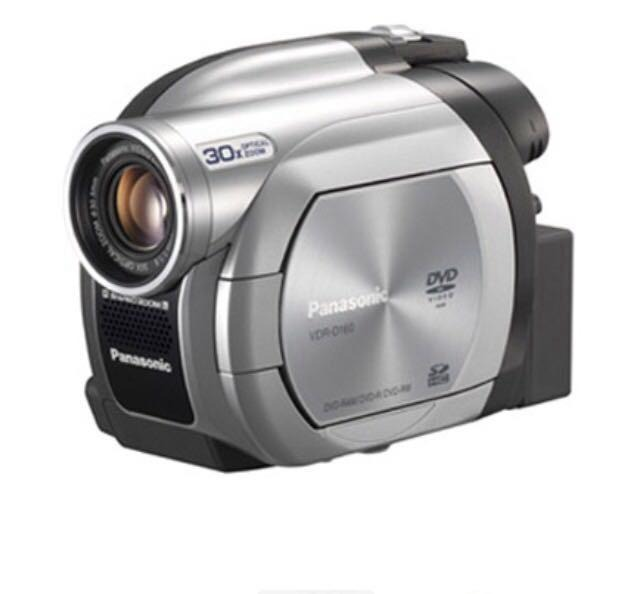 Видеокамера Panasonic 230