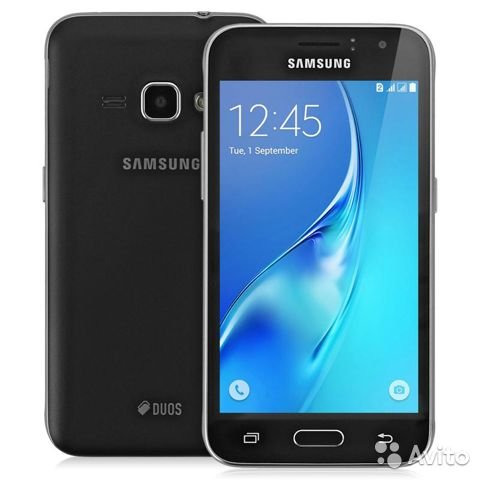 Смартфон Samsung J3(2016)