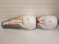 Хоккейные щитки Easton MAKO M3 SR