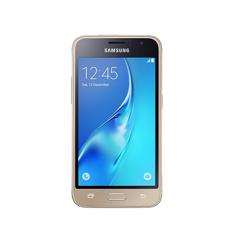 Смартфон Samsung Galaxy J1 2016