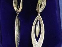 Серьги с камнями   Серебро 925 вес 6.20 г