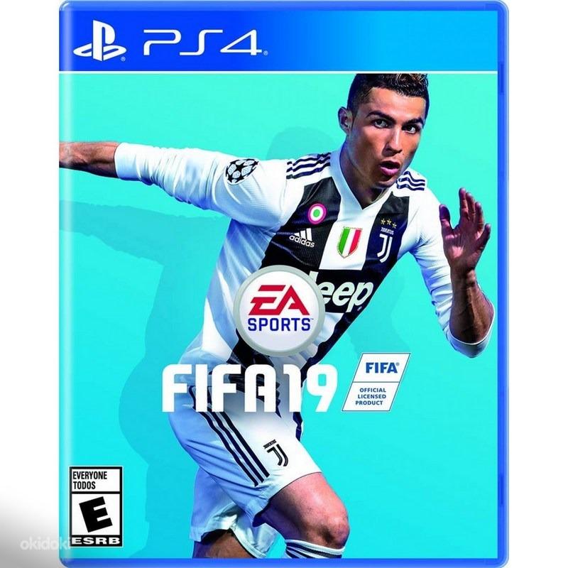 Диск на PS4 FIFA 19
