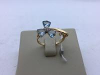 Кольцо в виде цветка из топазов  Золото 585 (14K) вес 2.40 г