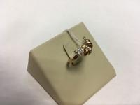 Кольцо бантик с мелкими камнями Золото 585 (14K) вес 1.90 г