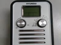 Портативный радиоприемник Hyundai H-1623