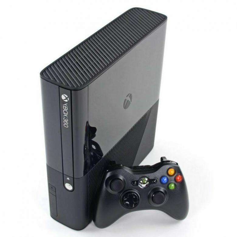 Игровая консоль Xbox 360-4Gb