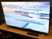 Телевизор Hisense 40K321UWT б/у п/ц пульт