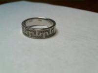 Кольцо с брилл,белое золото вес 6.46 гр.