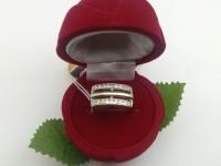 Кольцо с камнями Золото 585 (14K) вес 3.78 г