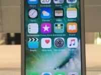 С/т  Apple iPhone SE, б/у, п/ц, без з/у