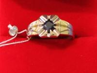 Кольцо  ск (сапфир) Золото 750 (18K) вес 8.21 г