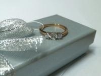 Кольцо с бриллиантами и белсапфир Золото 585 (14K) вес 1.76 г