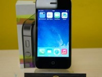 Телефон Apple iPhone 4 16 GB  (коробка,рук-во)