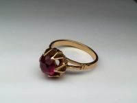 Кольцо с розовым камнем Золото 585 (14K) вес 3.93 гр.