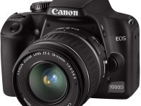 Зеркальный фотоаппарат Canon EOS 1000D Kit