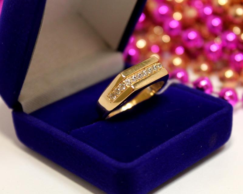 Кольцо 3П675 Золото 585 (14K) вес 5.40 гр.