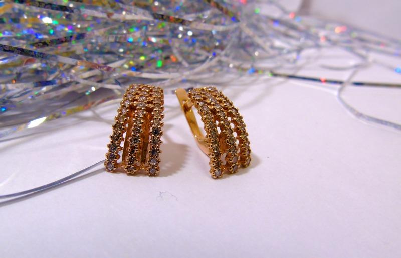 Серьги И 107 Золото 585 (14K) вес 4.48 гр.