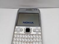 *Мобильный телефон Nokia E-72