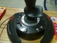 Игравой манипулятор Thrustmasster