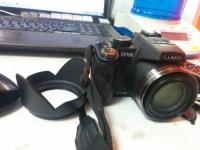 Цифровой фотоаппарат Panasonic Lumix DMC-FZ100 (черный)