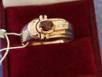 Кольцо фианит+гранат Золото 585 (14K) вес 8.81 г