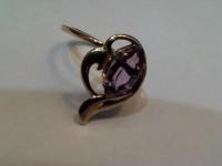 Кольцо  аметистом Золото 585 (14K) вес 3.21 гр.