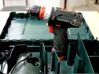 Шуруповерт Metabo PowerMaxx BS Quick Basic 2.0Ah x2 Case