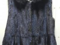 Жилет норковый, с капюшоном, коричневый, р-р 52-54 (№97)