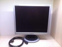 Монитор Samsung Sync Master 710N (с подставкой,кабель питания)