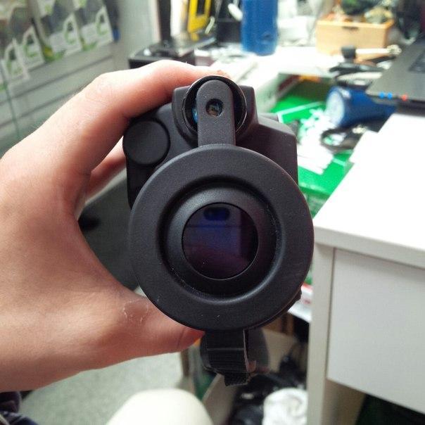 Прибор ночного видения NV Tracker-1 2.5x42
