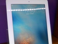 Планшет Apple iPad 2 16Gb Wi-Fi(MC979LL/A) белый