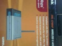 * Wi-Fi  Роутер D-Link DWL-G700AP