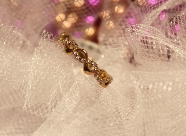 Кольцо 3Н1384 Золото 375 (9K) вес 1.71 гр.