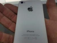 *Apple iphone 4 white (icloud)