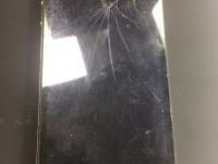 IPhone 4 8Gb (битый, не включается)