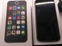 *Смартфон Apple iPhone 5S 16Gb Space Gray