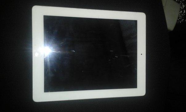 Планшет Apple iPad 2 32Gb WiFi