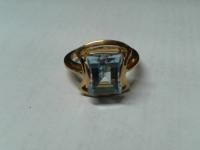 Кольцо с топазом Золото 585 (14K) вес 4.99 г