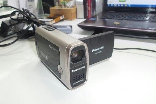 Видеокамера Panasonic SDR-SW20