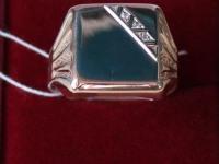Кольцо с камнями. Золото 585 (14K) вес 7.38 гр.