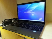 Ноутбук Samsung 300E5C (NP-300E5C-A01RU) только ноутбук и з/у